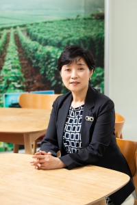 Dr. Park Current Faculty Dean Science and Technology Email: deanst@kumiuniversity.ac.ug